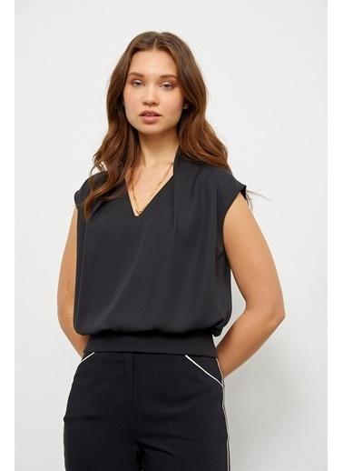 Setre Siyah Beli Lastikli Şık Bluz Siyah